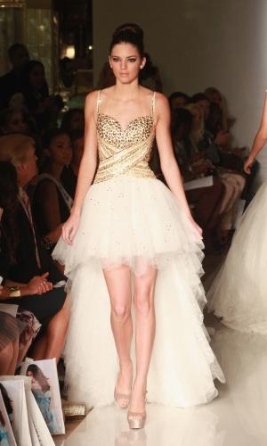 desfile-da-designer-sherri-hill-na-semana-de-moda-de-nova-york-07092012-1349123583415_300x500