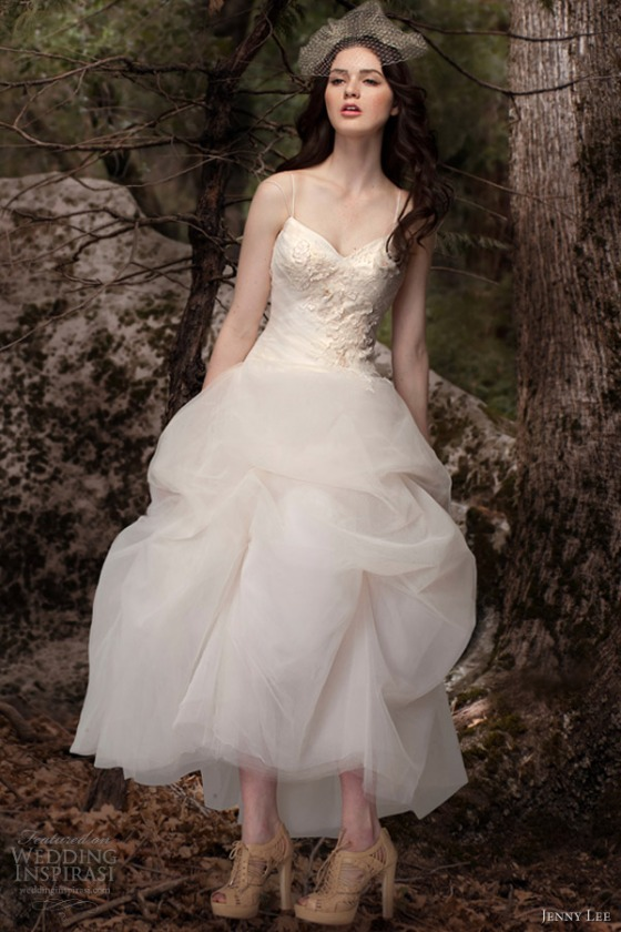 jenny-lee-wedding-dresses-spring-2013-chantilly-lace-1302